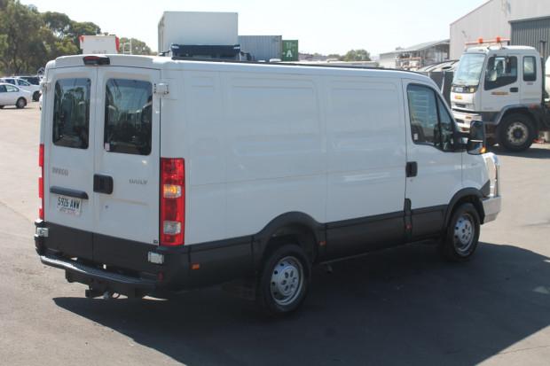 2013 Iveco 35S15 Daily **LOW KILOMETRES** 35S15 Van full